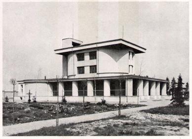 Městské krematorium v Nymburku - Dobová fotografie - foto: archiv redakce