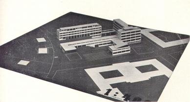 Francouzské školy - Celkový pohled na model - foto: archiv redakce