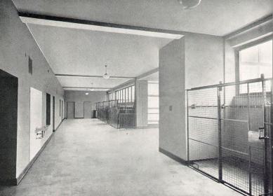 Francouzské školy - Chodba - foto: archiv redakce