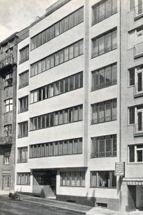 Tři činžovní domy na ulici Vinařská - foto: archiv redakce