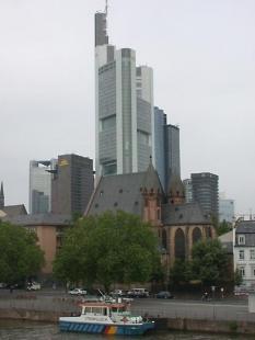 Commerzbank Headquaters - foto: Petr Šmídek, 2002