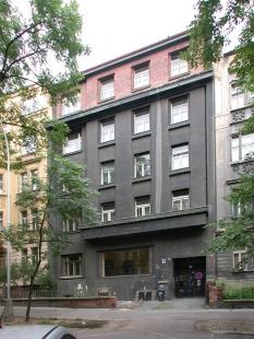 Nájemní dům architekta Františka Strnada - foto: © Petr Šmídek, 2005