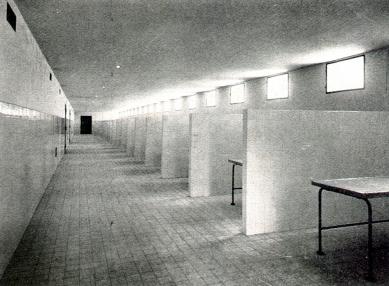 Obřadní síň Ústředního hřbitova v Brně - úmrlčí komory - foto: archiv redakce