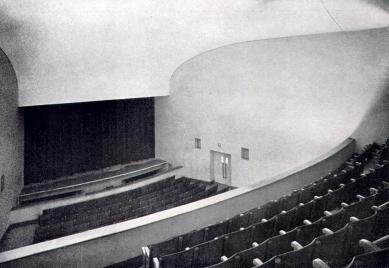 Divadlo v Ústí nad Orlicí - Pohled do hlediště - foto: archiv redakce