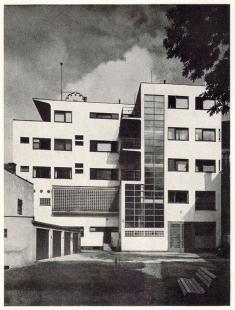 Městská spořitelna - foto: archiv redakce