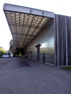 Skladiště Ricola Europe SA - foto: Petr Šmídek, 2002