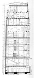 Dům obuvi Baťa - Řez obchodním domem - foto: archiv redakce