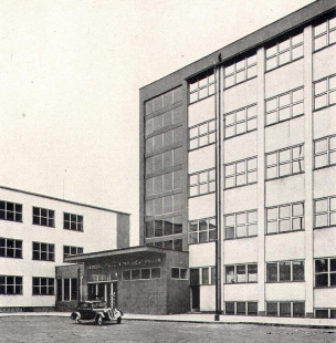 Budova pošty a telegrafu, dnes okresní úřad - foto: archiv redakce
