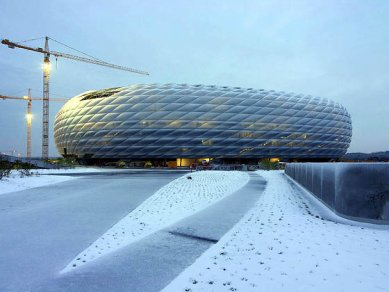 Allianz Arena - foto: © www.allianz-arena.de