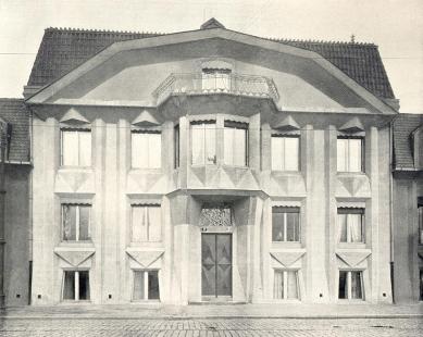 Kubistický trojdům - foto: archiv redakce