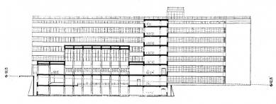 Projekt ústřední budovy elektrických podniků hl. města Prahy - Řez - foto: archiv redakce