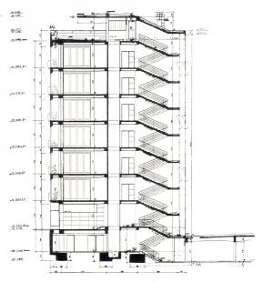 Domy Zemské banky - Skleněný palác - Řez domem - foto: archiv redakce