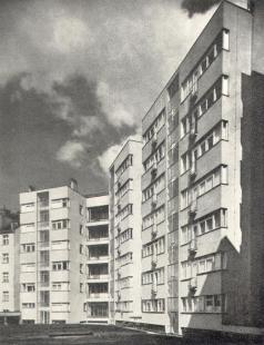 Domy Zemské banky - Skleněný palác - Pohled na dvorní fasádu - foto: archiv redakce