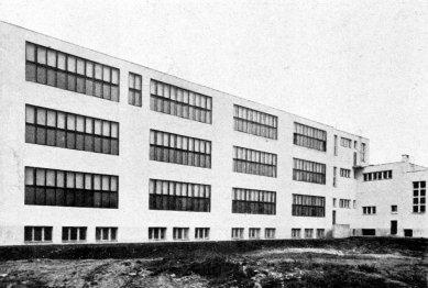 Obecná a měšťanská Škola v Brně na Křídlovické ul. - foto: archiv redakce