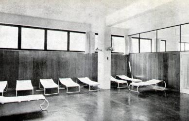 Městské lázně - Stolky pro masáže - foto: archiv redakce