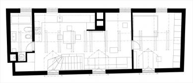 Rekonstrukce bytu ve Valdštejnské ulici - Současný stav - podkroví - foto: autorky