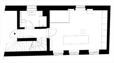 Rekonstrukce bytu ve Valdštejnské ulici - Současný stav - 2. patro - foto: autorky