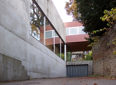 Villa Dall'Ava - foto: © Milena Kubiszová, 2003