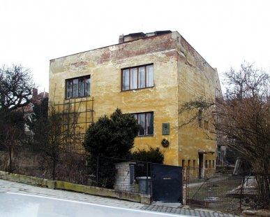 Rodinný dům prof. Dr. J. Kudely - Stav z roku 2003 - foto: © archiweb.cz, 2003