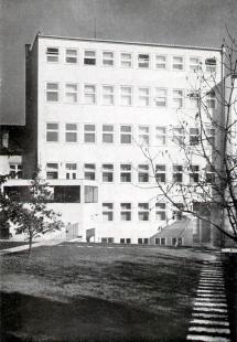 Sanatorium MUDr. V. Šilhana - Zahradní průčelí - foto: archiv redakce