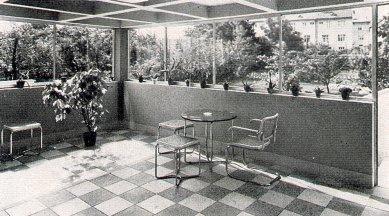 Sanatorium MUDr. V. Šilhana - Terasa - foto: archiv redakce