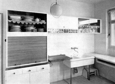 Víkendový dům JUDr. Kyjovského - Kuchyně - foto: archiv redakce