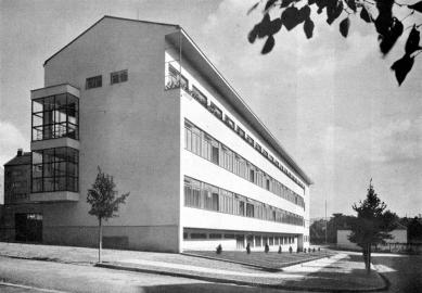 Městská odborná škola pro ženská povolání Charlotty G. Masarykové - foto: archiv redakce