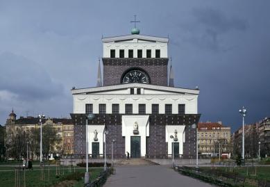 Kostel Nejsvětějšího Srdce Páně - foto: Ester Havlová