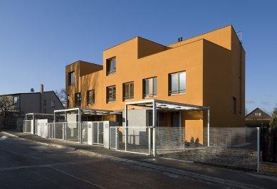 Bytový dům V Zálesí v Praze 5 - foto: Ester Havlová