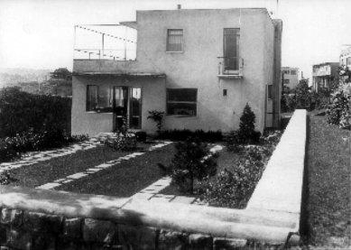 Vlastní dům architekta Janáka - foto: archiv redakce