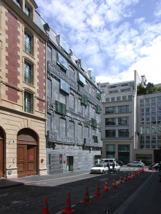 Hôtel Fouquet's Barrière - foto: © archiweb.cz, 2007