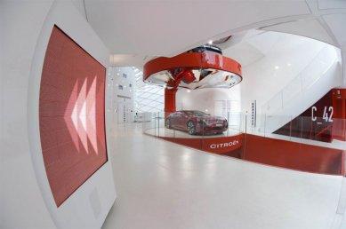 C42: Citroën showroom - foto: © Citroën