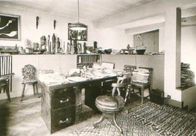 House and studio for Tristan Tzara - Interiér pracovny