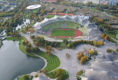 Olympijský komplex - Letecký snímek hlavního olympijského stadionu. - foto: archiv redakce