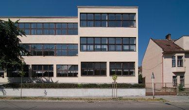 Německá obecná škola - foto: © Petr Šmídek, 2007