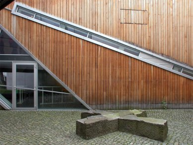Felix Nussbaum Haus - foto: Jan Kratochvíl, 2003
