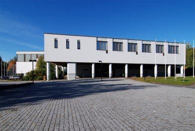 Faculty of Sport and Health Sciences - foto: © Petr Šmídek, 2008