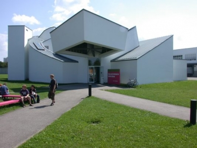 Vitra Design Museum - foto: Petr Hampl, 2002