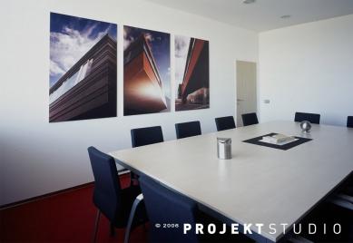 Administrativní a skladový objekt společnosti Bextra - foto: Radovan Šťastný