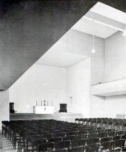 Husův sbor církve československé - Interiér - foto: archiv redakce
