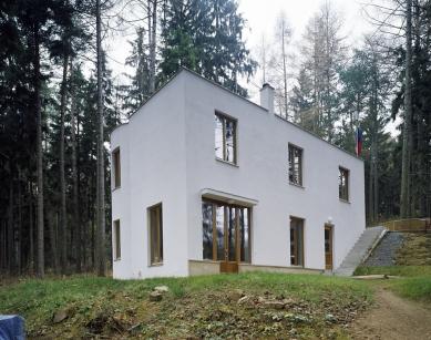 Rodinný dům v Jevanech - foto: Filip Šlapal