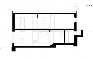 Rodinný dům v Jevanech - Řez - foto: autoři