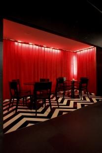 Rekonstrukce kina Světozor - Červená místnost z filmu Twin Peaks - foto: © Petr Jedinák