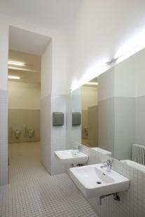Rekonstrukce kina Světozor - Pánské toalety - foto: © Andrea Lhotáková