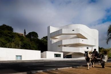 Iberê Camargo Foundation - foto: © FG+SG/Fernando Guerra | www.ultimasreportagens.com