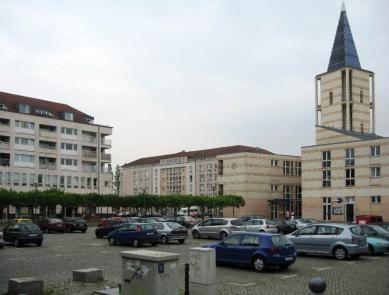 Čtvrť Kirchsteigfeld - Náměstí - foto: Martin Horáček