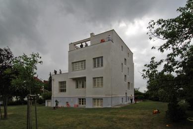 Winternitzova vila - foto: Petr Šmídek, 2012