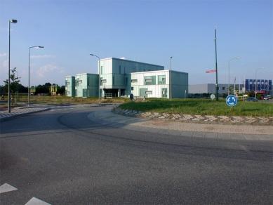 Policejní stanice v Boxtel - foto: Petr Šmídek, 2003