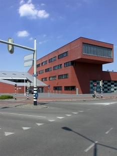 Fire station Breda - foto: Petr Šmídek, 2003