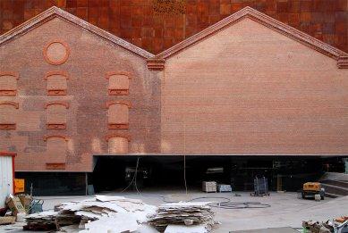 CaixaForum Madrid - Fotografie z průběhu rekonstrukce - foto: Petr Šmídek, 2007